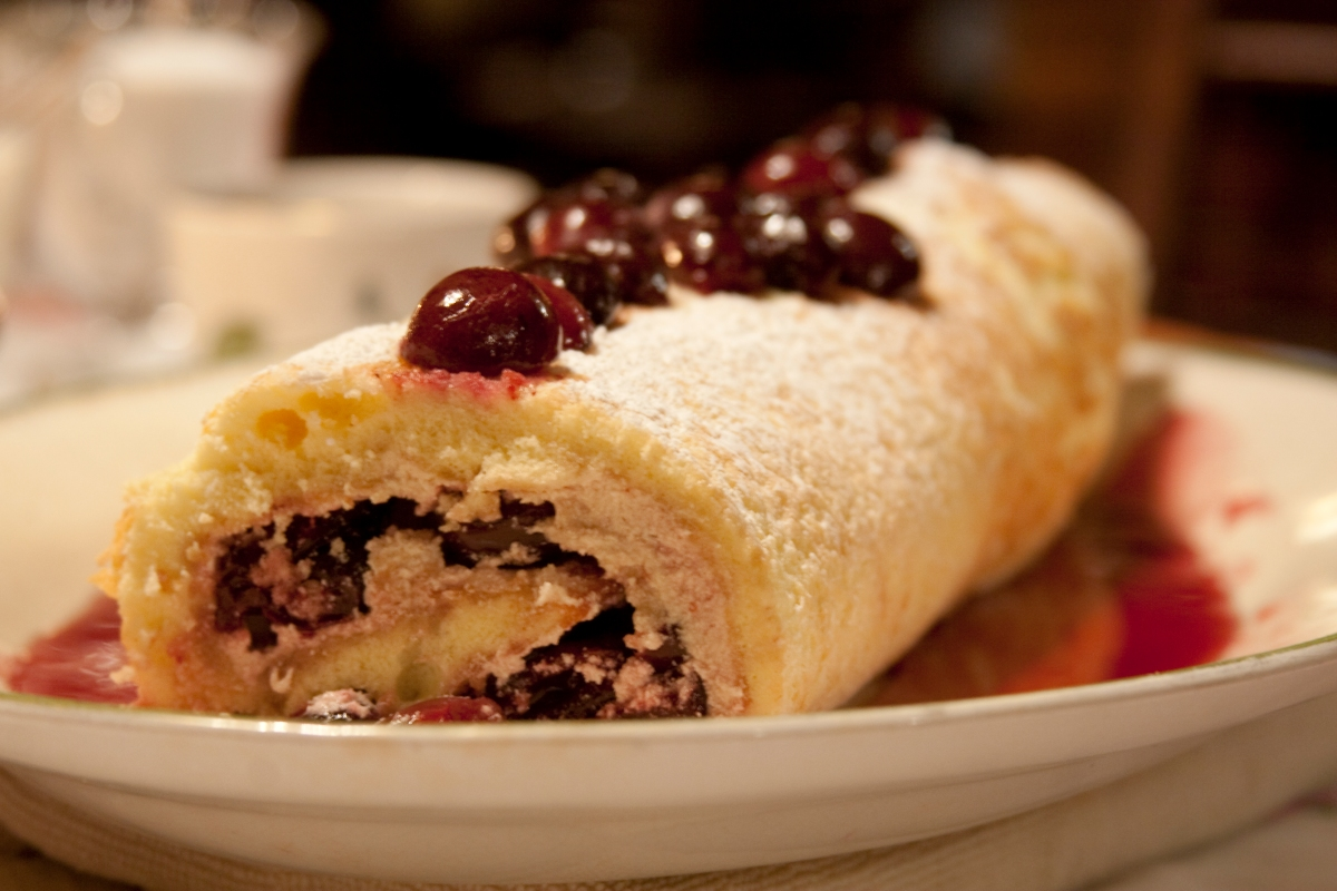 close up of Cherry Hill Roulade photo by LifeForcePhotos for BakeThisCake