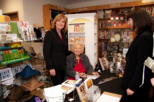 While Wandering book signing Christine Murphy Photographer with Viola Geary Odell Author