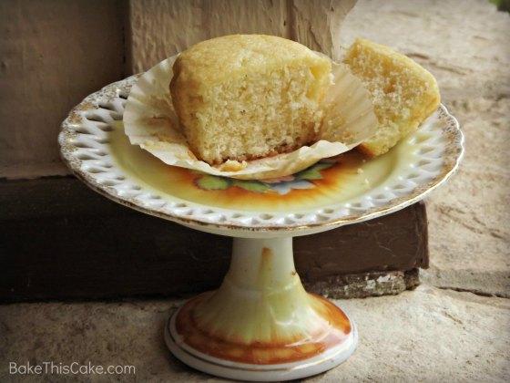 Julia Cake on a vintage mini cake plate #Bake This #Cake