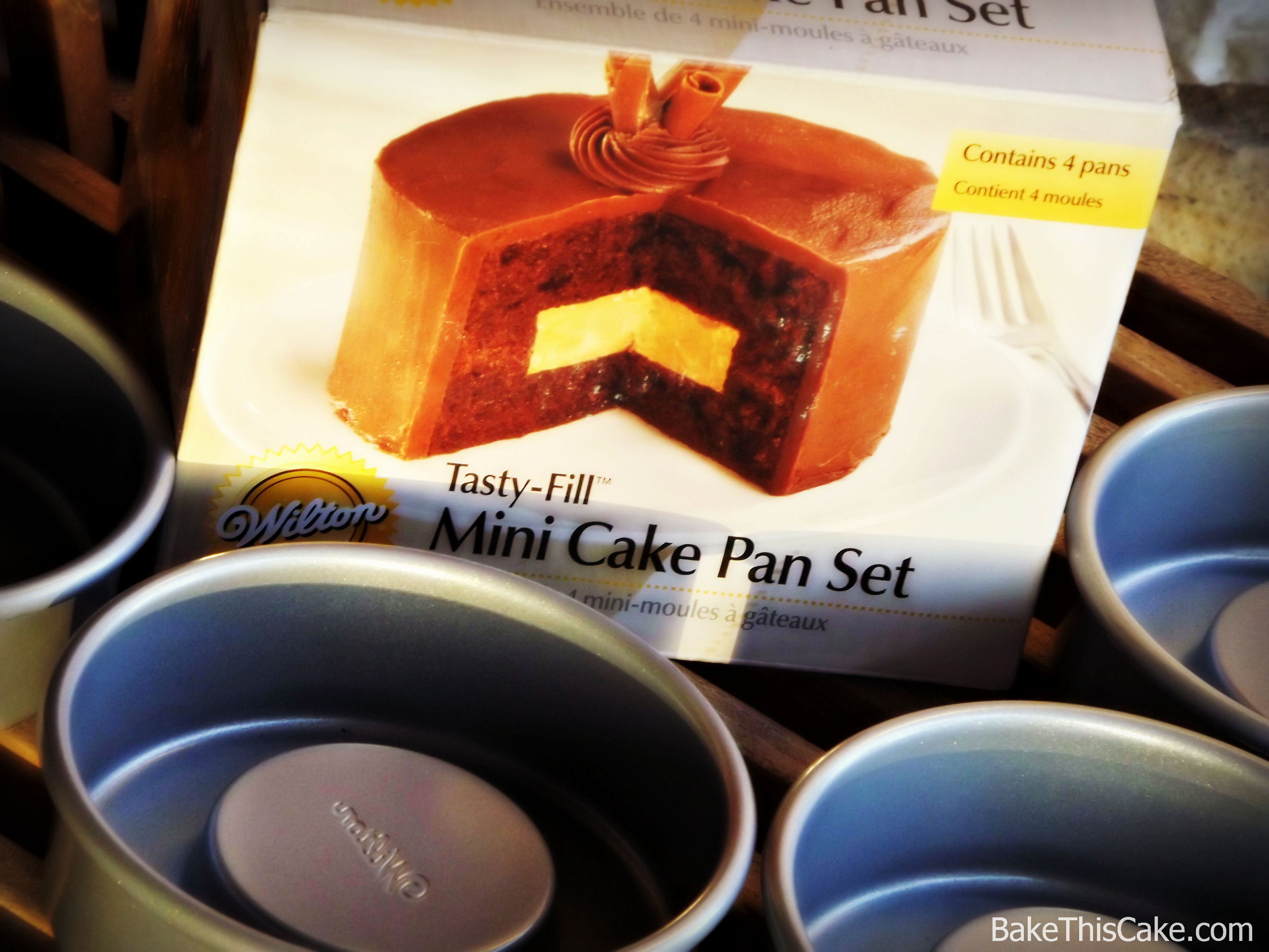 Cake In A Pan Recipes: Vintage Harlequin Cake Recipe With An Extraordinary
