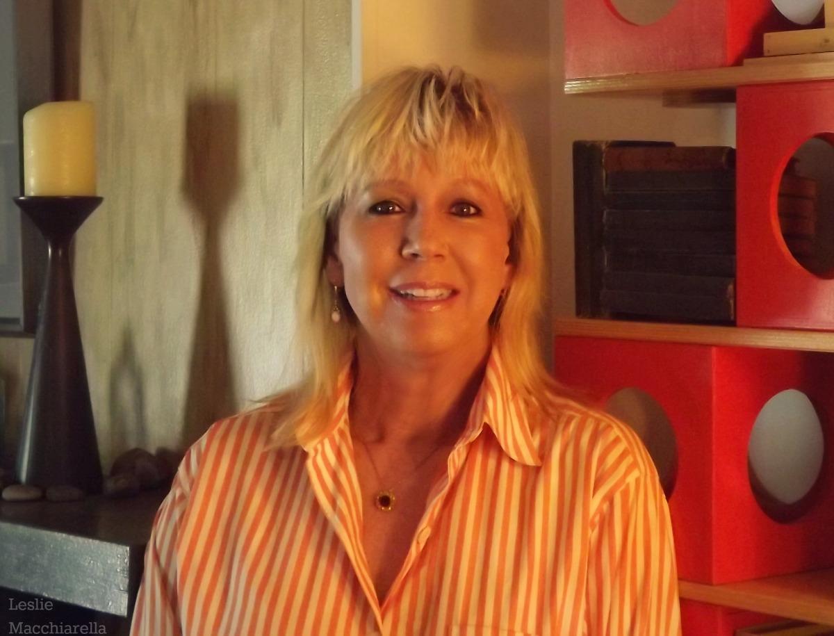 Leslie in orange