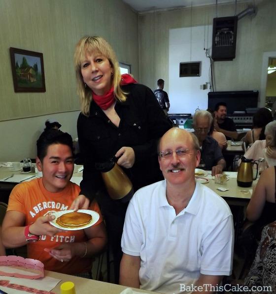 Leslie volunteering at the Snelling pancake breakfast bakethiscake